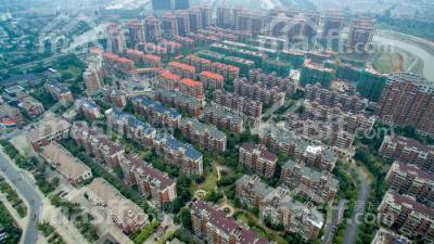 东方明珠青年公寓    楼层好   采光无遮挡